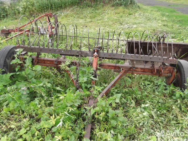 Тракторные грабли для сена