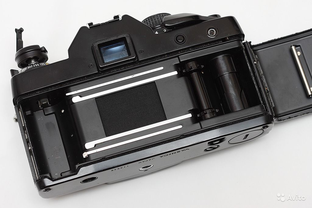 тератома зеркальная пленочная японская фотокамера бабушка, которая живет