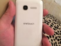 Смартфон Alcatel One Touch pixi 4007D