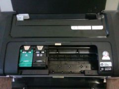 Принтер HP hp officejet 100 mobile printer