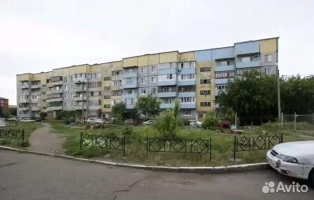 Продается трехкомнатная квартира за 2 599 000 рублей. Омск, улица Гусарова, 123.