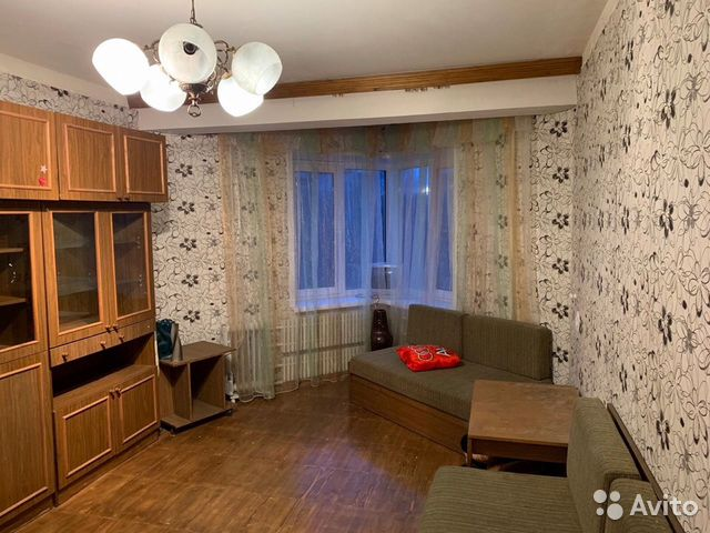 Продается однокомнатная квартира за 1 600 000 рублей. Великий Новгород, Новгородская область, проспект Мира, 6, подъезд 1.