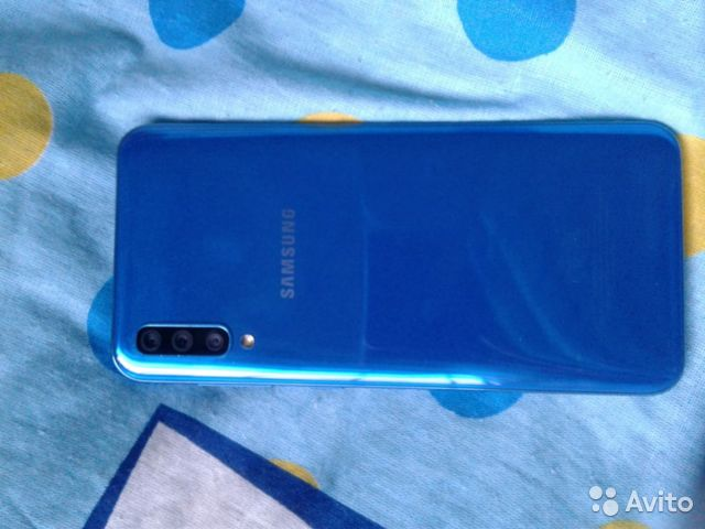 SAMSUNG A50 128gb buy 2