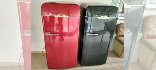 Холодильник ЗИЛ Москва рабочий,но