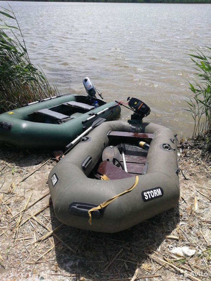 Boat with motor  89182522467 buy 2