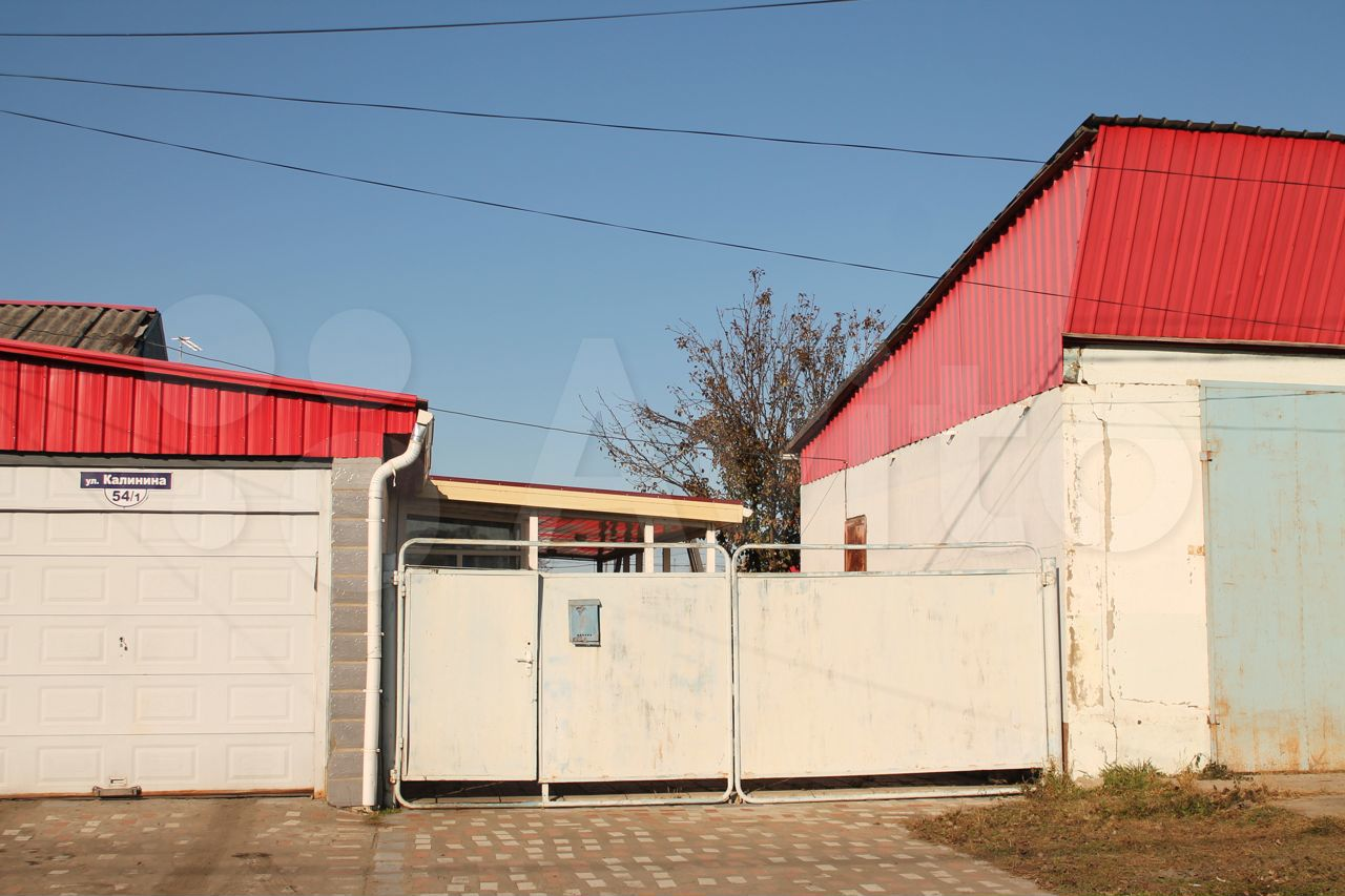 House of 100 m2 on a plot of 10 hundred.  89644752109 buy 6
