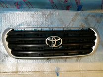 Toyota Land Cruiser 200 решетка радиатора 08-11