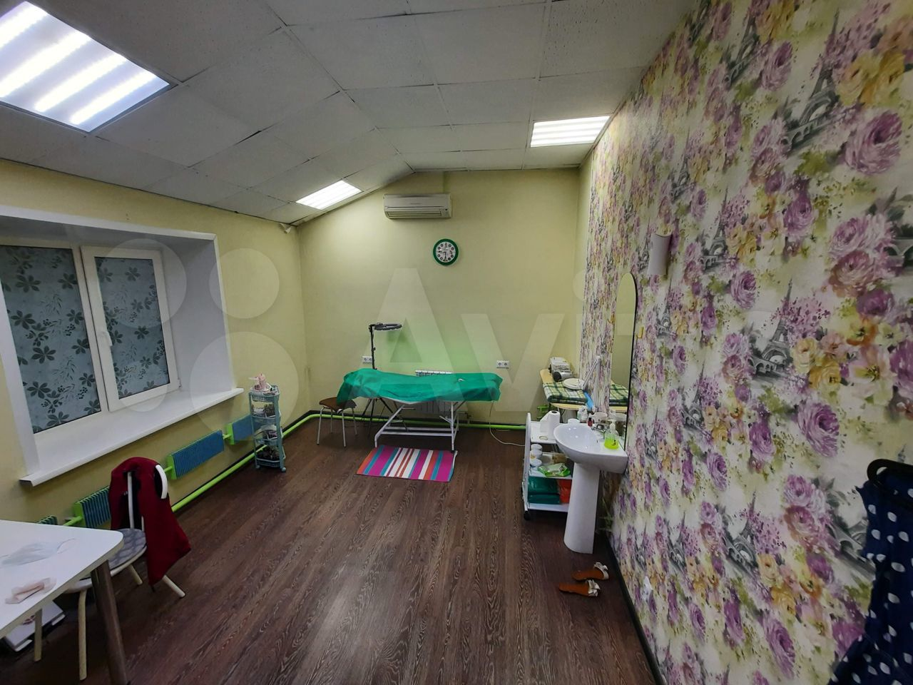 Офисное помещение, 103 м²  89609393860 купить 8
